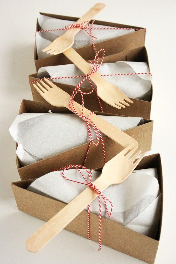 love this idea! wedding cake to-go? xo