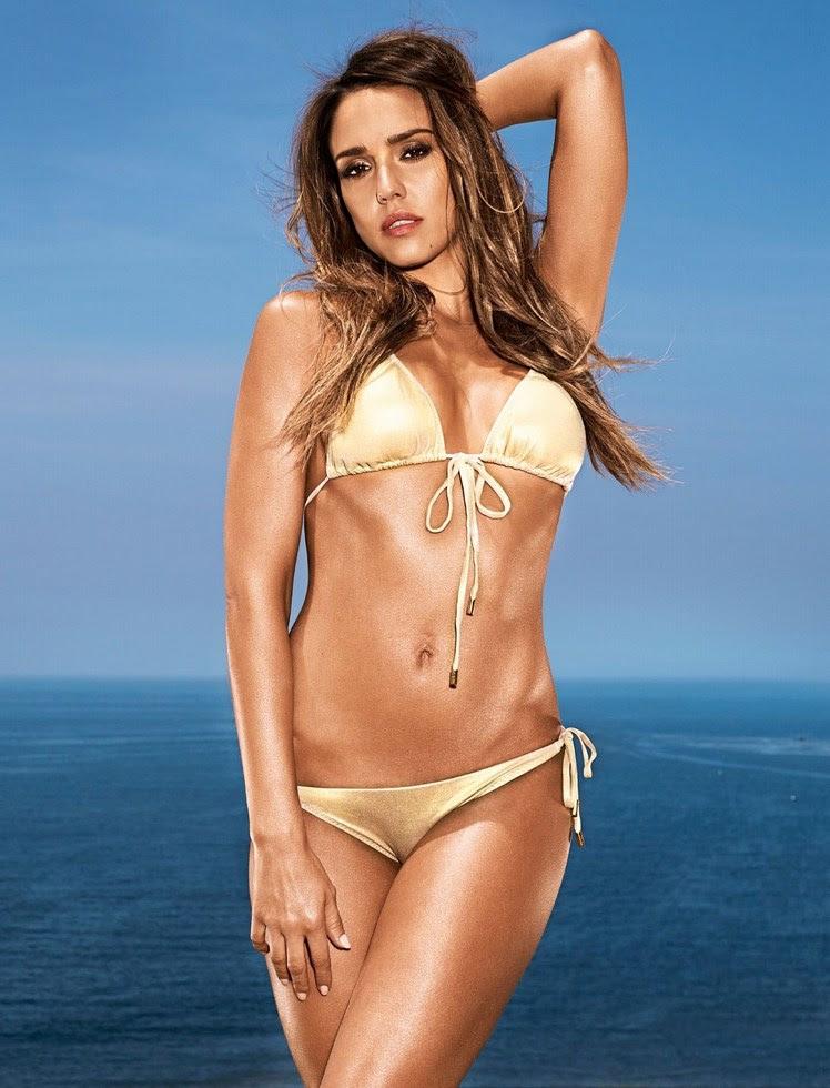 Jessica Alba bikini dorado