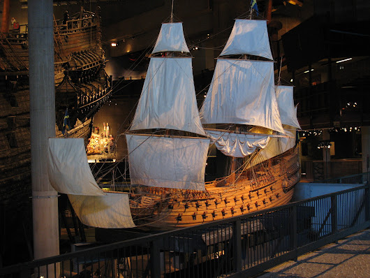 upload.wikimedia.org/wikipedia/commons/c/ce/Vasa_model.jpg