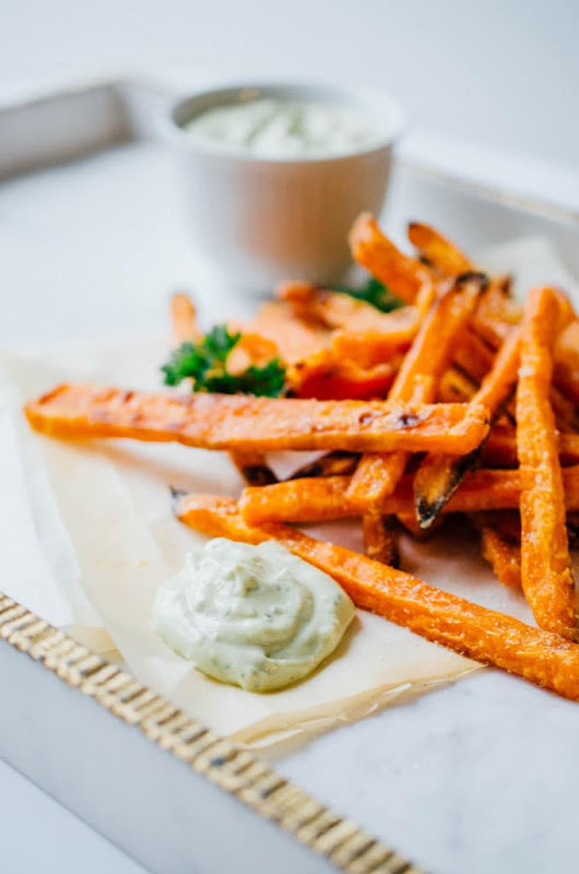 Baked Sweet Potato Fries with Avocado Dipping Sauce | Live Eat Learn