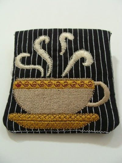photo of the latte change purse