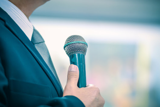 7 Habits of Highly Effective Professional Speakers