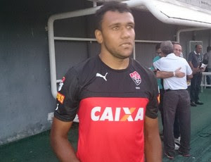 ednei vitória (Foto: Eric Luis Carvalho)