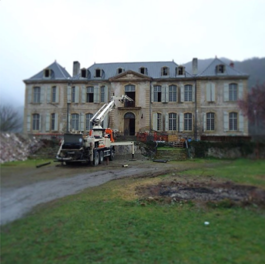 Meet The Ambitious Couple Remodeling A 94-Room, 18th-Century Château