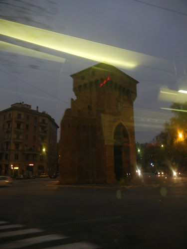 DSCN5081 _ Ancient city gate, Bologna, 19 October