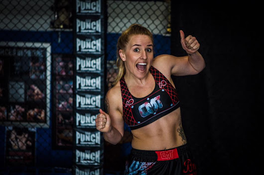 Caged Muay Thai 10 features women's bouts - FIGHTMAG