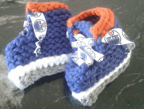 Loom Knit Ice Skate Baby Booties - GoodKnit Kisses