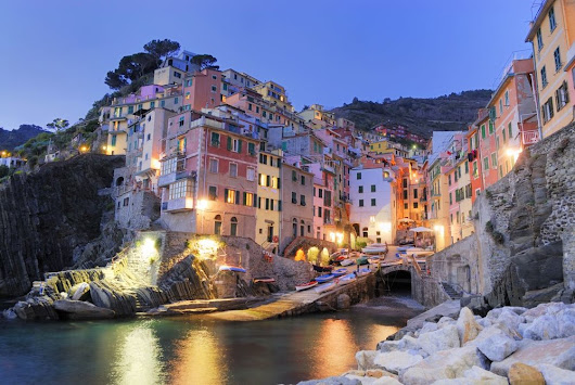 Book your luxury summer vacation in this paradise location in Cinque-Terre