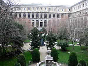 Patio del Museo Nacional Centro de Arte Reina ...