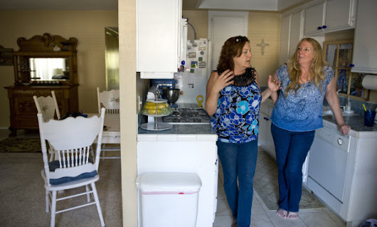 Image: Busting clutter is her business – Orange County Register