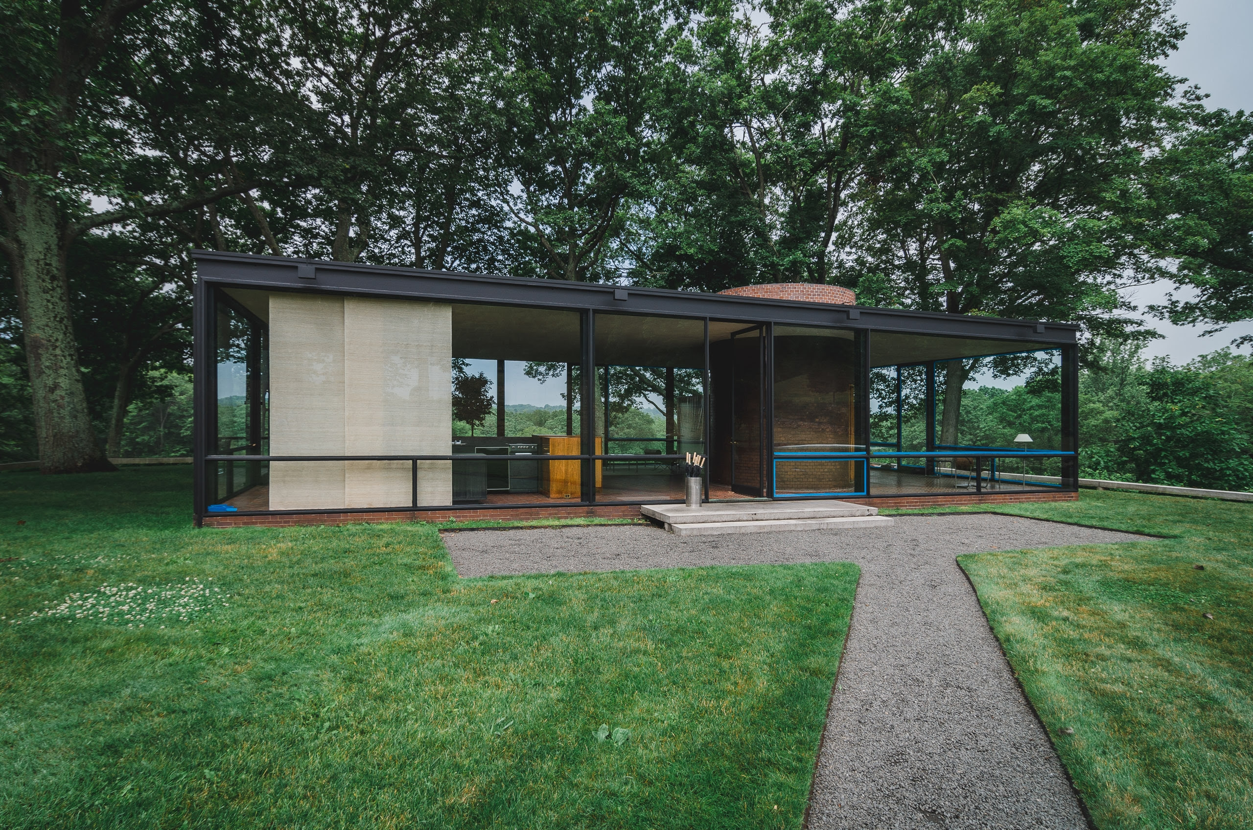 Photo Tour of the Philip Johnson Glass House