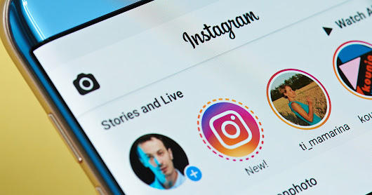 Instagram Introduces Type Mode for Text-Based Stories - Search Engine Journal