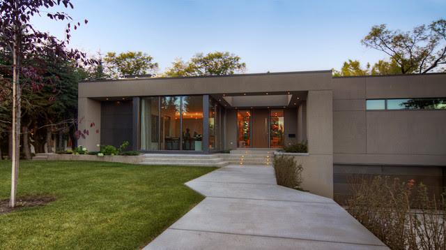Modern Bungalow Modern Haus \u0026 Fassade Calgary von