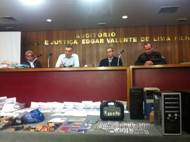Detalhes da operação foram passados durante coletiva realizada na sede do MPE (Foto: Michelle Farias/G1)