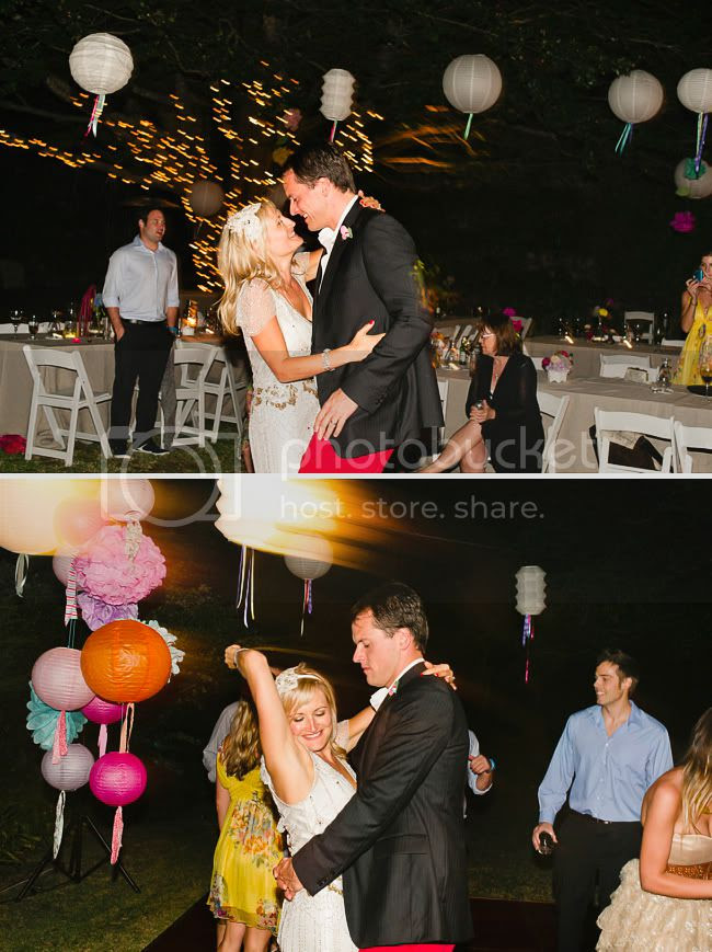 http://i892.photobucket.com/albums/ac125/lovemademedoit/welovepictures/CapeTown_Constantia_Wedding_36.jpg?t=1334051356