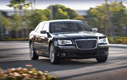 2012 Chrysler 300 wallpapers