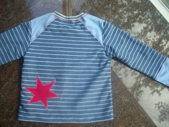 T-shirt with stars, back
