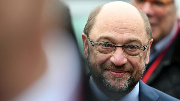 Kanzlerkandidat der SPD : Mehrheit hält Schulz für ...