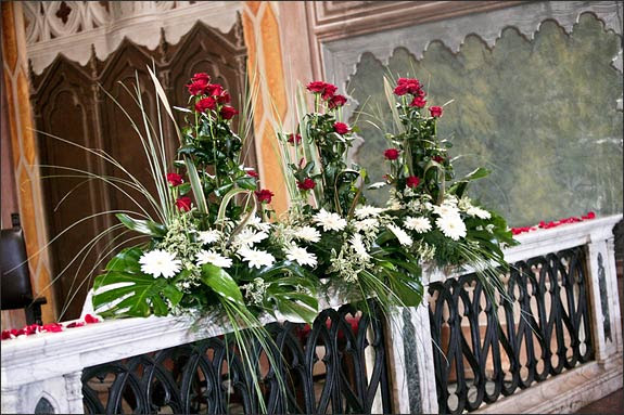 Flower Arrangements For Christmas In Church Alluring To