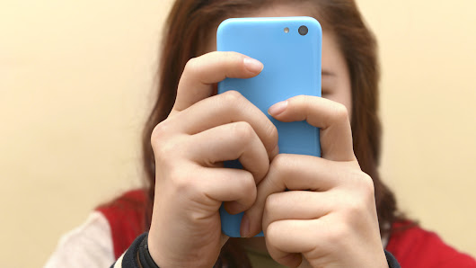 Frequent Smart Phone, Internet Use Linked To Symptoms Of ADHD In Teens : Shots - Health News : NPR