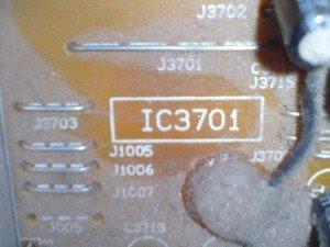 posisi-Ic-Lv1116-di-mainboard-tampak-atas-televisi-Sanyo-CG21YS2-300x225