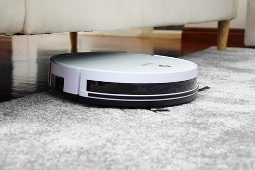 A robot cleaner for ships