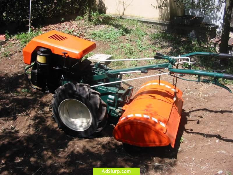Trattori agricoli usati macchine motocoltivatore for Box cavalli usati vendo