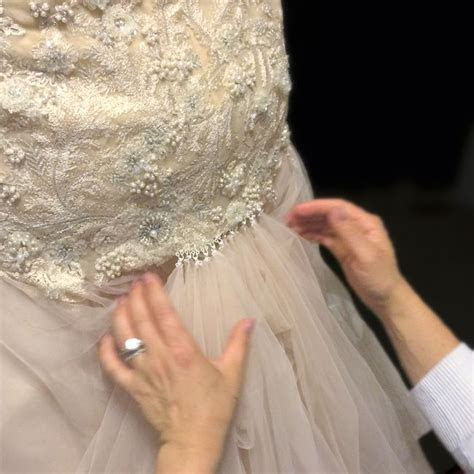25  unique Dress alterations ideas on Pinterest   Altering