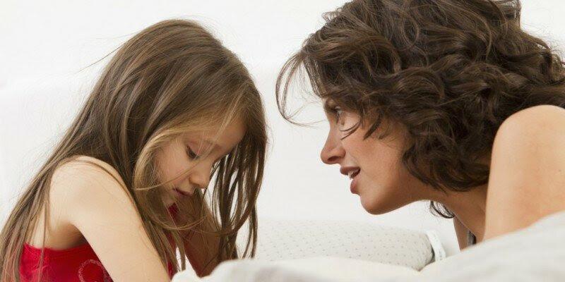 Αποτέλεσμα εικόνας για madre hablando con su hija