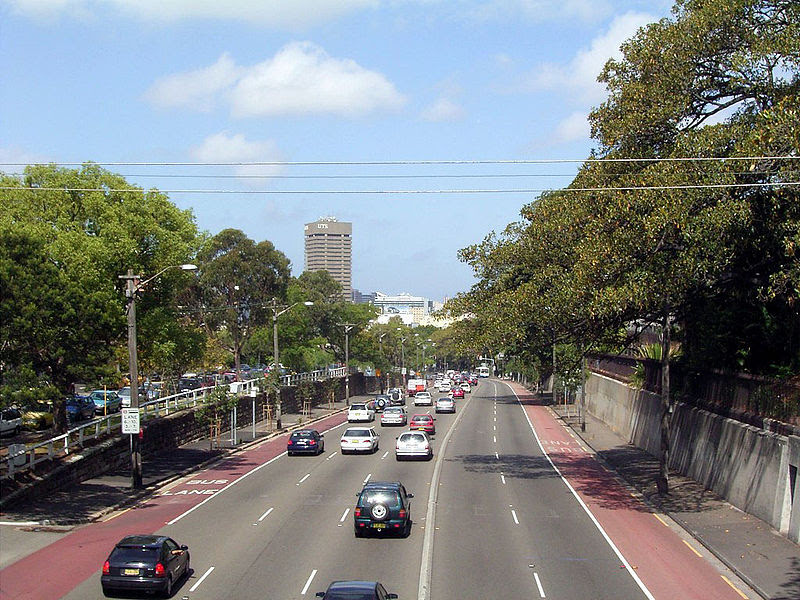 File:Parramatta Road near University of Sydney.jpg