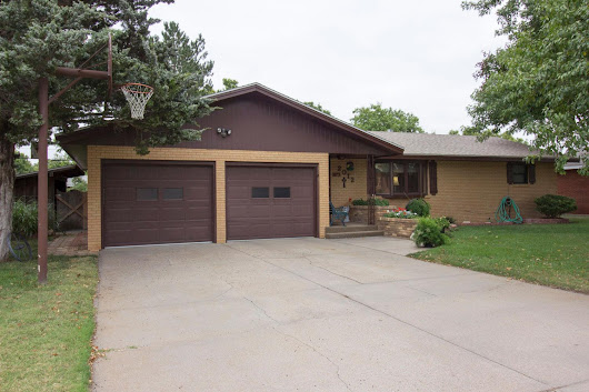 2012 Downing St, Garden City, KS 67846 - MLS #15473