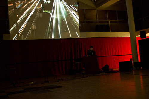 DJ Aitcher Clark & VJ Pleione @ Galerie Divus
