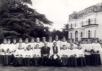 English: The choir of Lambrook School circa 19...