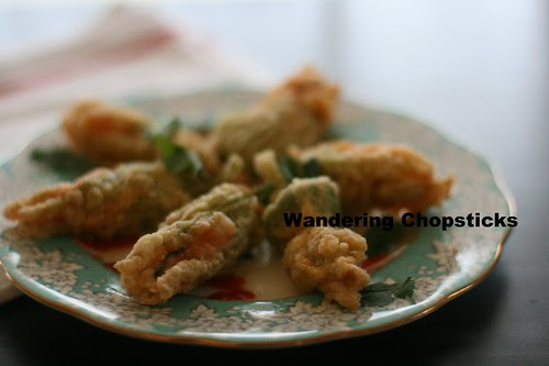 Bong Bi Nhoi Ca Tom Chien (Vietnamese Fried Squash Blossoms Stuffed with Fish and Shrimp) 17