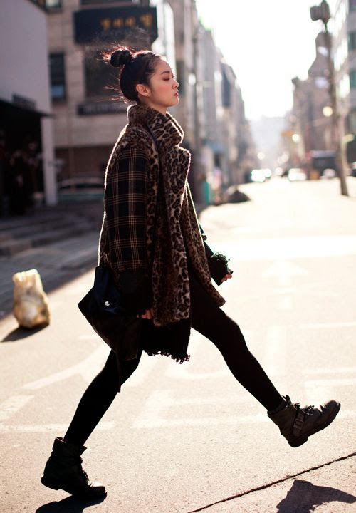 STREETFSN PLAID SLEEVE COAT LEOPARD FLAT COMBAT BUCKLE BOOTS BLICK STIGHTS SATCHEL TOP KNOT STREET STYLE