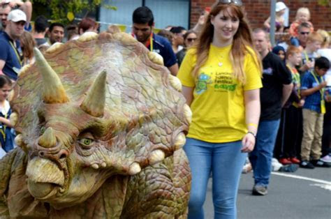 Lancashire Science Festival helps Preston university pick