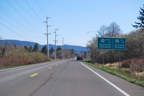 US 101 @ US 101 Alt north terminus