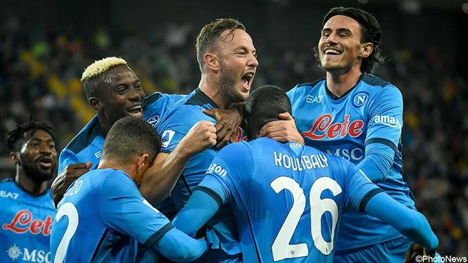 Ook zonder Dries Mertens heeft Napoli geen kind aan Udinese