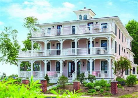 20th Wedding Anniversary   Review of Saybrook Point Inn