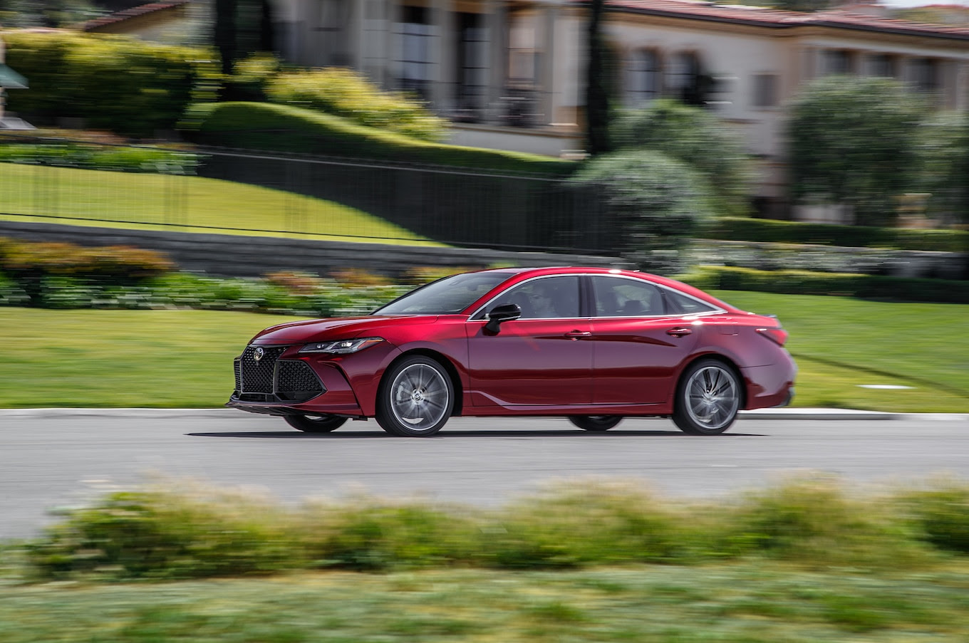 2019 Toyota Avalon Touring First Test: Are You Looking At ...