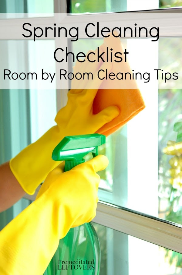 Spring Cleaning Checklists Room by Room Printable and Cleaning Tips - A list of room by room spring cleaning tips and a printable spring cleaning schedule.