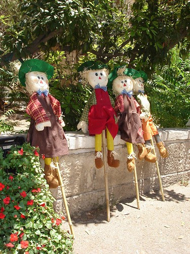 dolls_and_plants_3