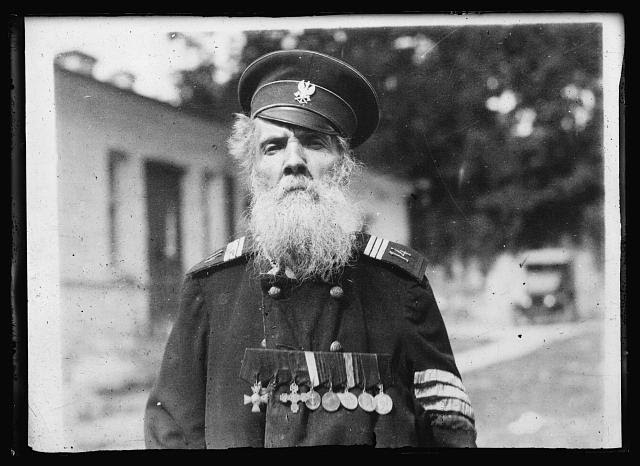 <em>Poland's oldest soldier. M. Krasinski, a veteran of Napoleon's Moscow campaign, who told American Red Cross relief workers in Kieff, that he was born in 1792 and is thus 128 years old</em>. Photo from American National Red Cross Collection, 10 August 1920. //hdl.loc.gov/loc.pnp/anrc.12080