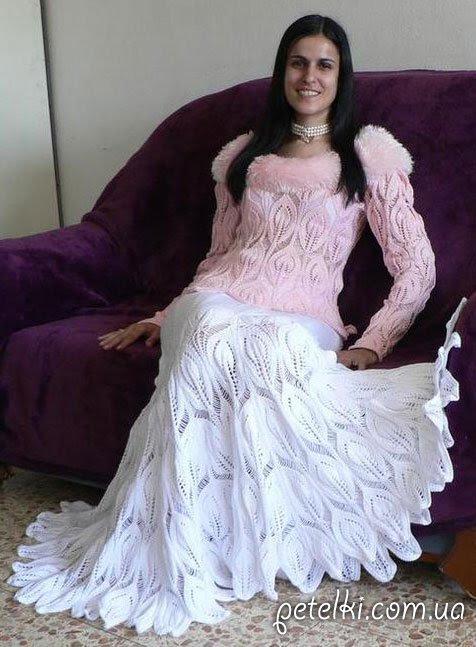 Falda larga elegante con agujas