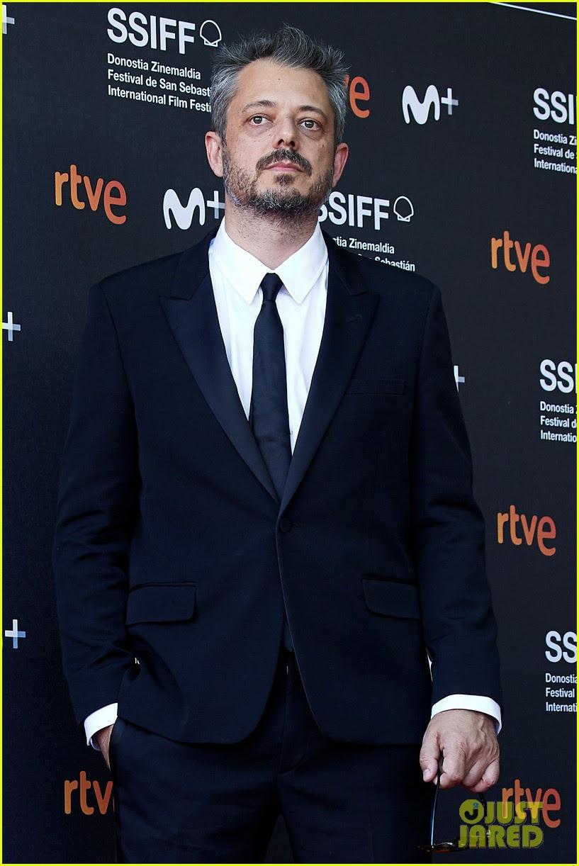 Kristen Stewart Slays in Suit & Heels at 'Seberg' San ...