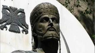 Ο Μαρμαρωμένος Βασιλιάς ξαναζωντανεύει και μαθαίνει στην Δύση τι σημαίνει Ελληνισμός