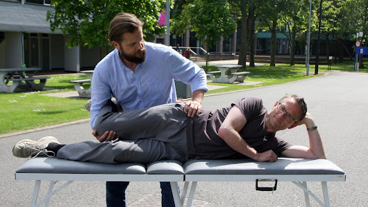Summer Special 2016, Trust Me, I'm a Doctor - Could having my muscles stretched have health benefits? - BBC Two