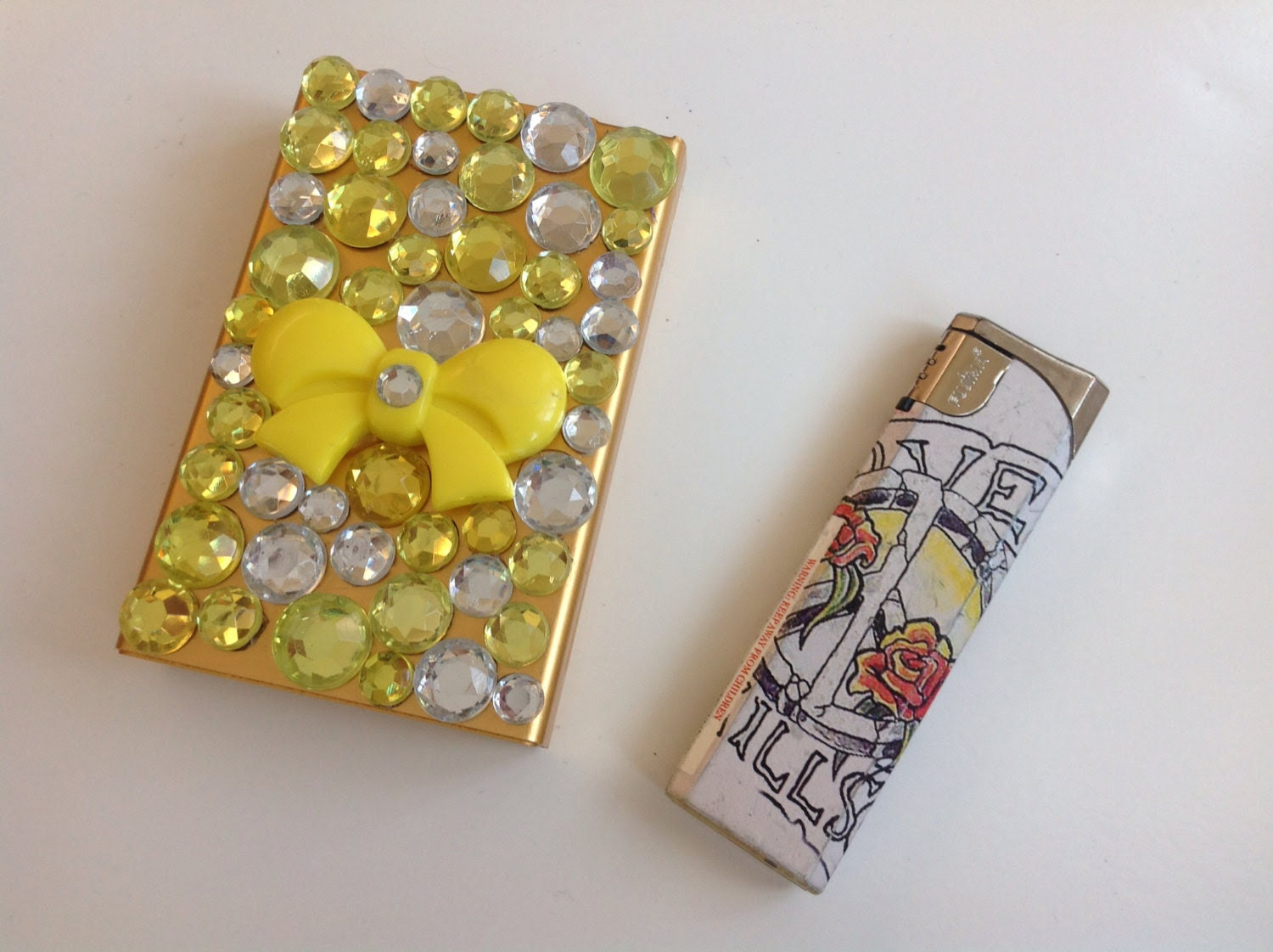 Yellow Bow Jeweled Cigarette Case - SmokingGirlCouture