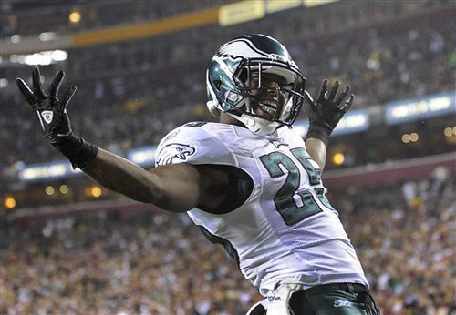 LeSean McCoy gets in on the scoring