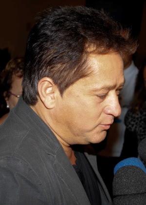 O cantor Leonardo visita o filho Pedro no Sírio-Libanês, na noite desta sexta-feira (27)